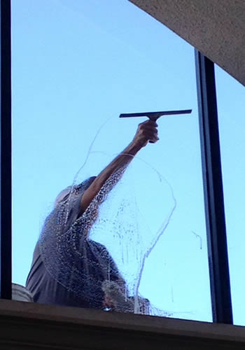 Contact Accurate Window Cleaners in London Ontairo