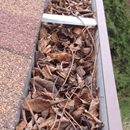 Eavestrough cleaning service in London Ontario
